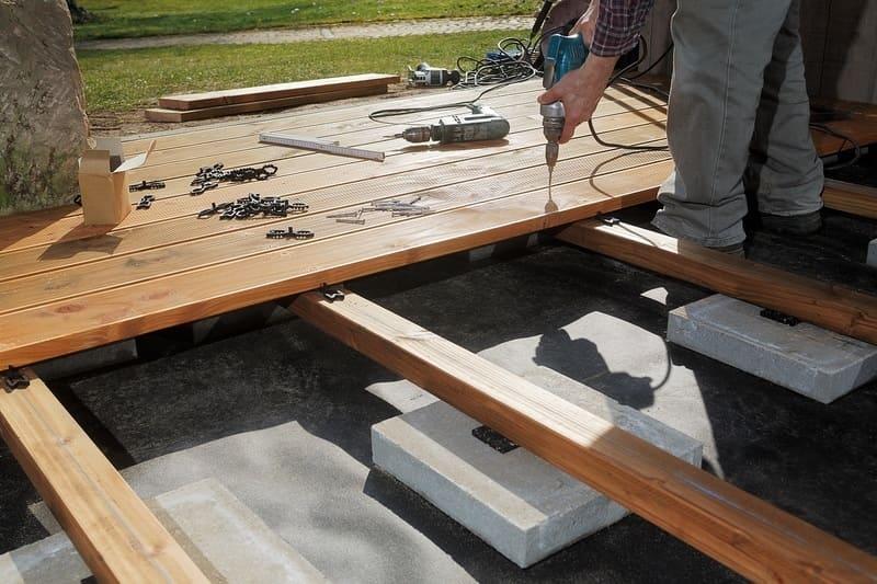 Deck Builders Bellevue WA